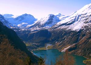 FjordNorwayLakeMountains_CVO_14621